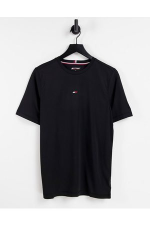 Tommy Hilfiger Performance t-shirt with small chest flag logo in