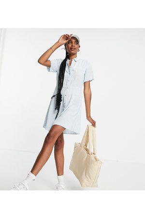 Pieces Women Casual Dresses - Exclusive mini shirt dress in blue floral-Multi