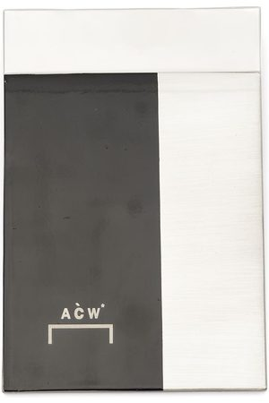 A-cold-wall* Inset rectangle badge