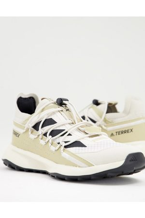 adidas performance Adidas Outdoors Terrex Voyager trainers in