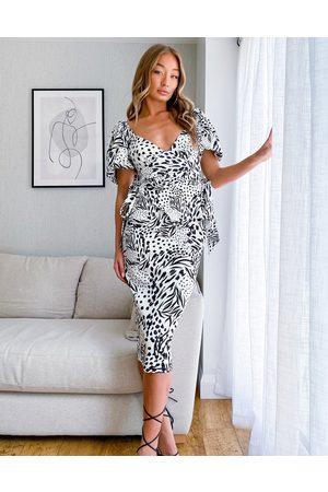 ASOS DESIGN Tie side sweetheart puff sleeve pencil midi dress in mono abstract print-Multi