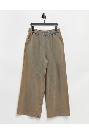 ASOS Oversized joggers in vintage wash-Neutral