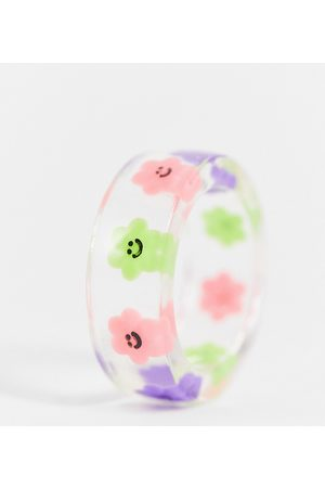 ASOS ASOS DESIGN Curve ring with novelty flowers in clear plastic