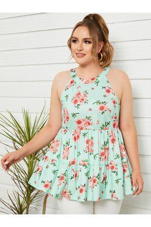 YOINS Plus Size Halter Floral Print Button Keyhole Design Sleeveless Cami