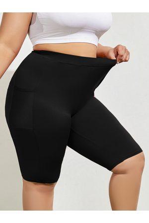 YOINS Plus Size Pocket Yoga Shorts
