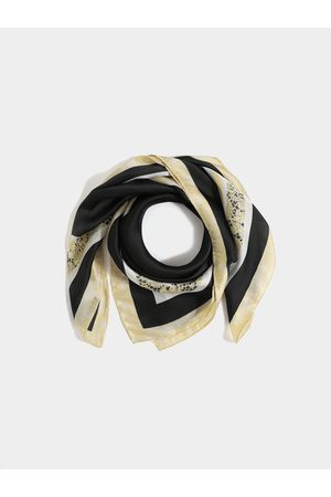 YOINS Women Scarves - Spotted Design Square Scarf