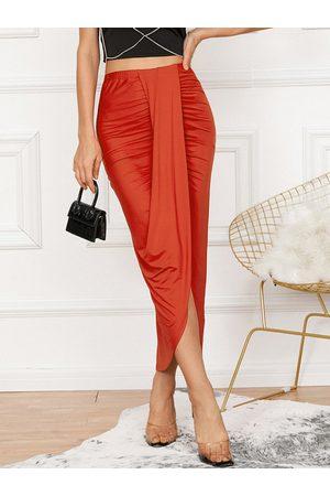 YOINS Ruched Slit Design Asymmetrical Hem Midi Skirt
