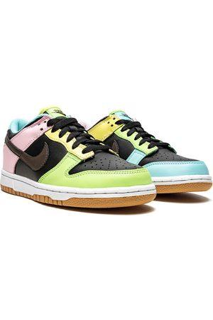 "Nike Dunk Low SE ""Free.99"" sneakers"