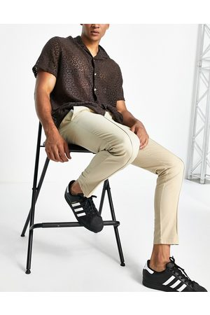 ASOS DESIGN Skinny chinos with pin tuck in -Neutral