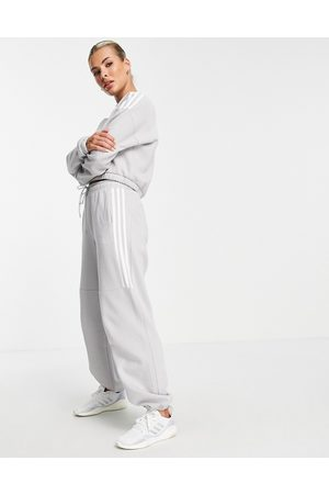 adidas Adidas Training oversized joggers with three stripes in