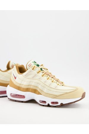 Nike Air Max 95 SE M2Z2 trainers in coconut milk-Neutral