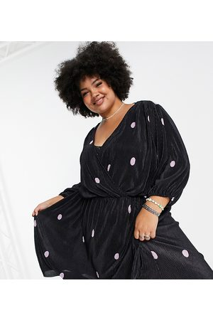 Only Curve Plisse midi dress with wrap front in and pink spot