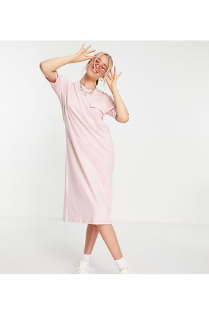 Noisy May Tall Exclusive organic cotton midi t-shirt dress in