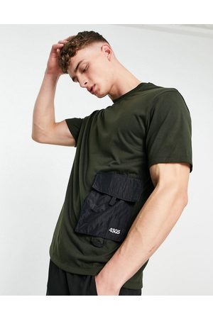 ASOS 4505 Easy fit training t-shirt with utility pocket