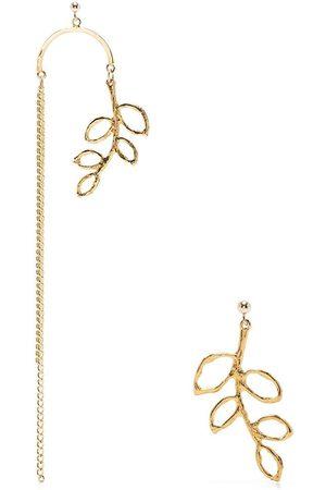 Petite Grand Omorose mismatched earrings
