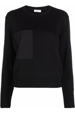Closed Patch-pocket knitted top