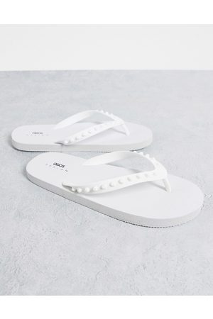 ASOS DESIGN Flip flop with rubber studs in