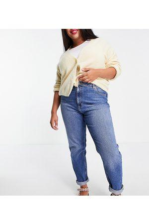 ASOS ASOS DESIGN Curve high rise 'farleigh' slim mom jeans in authentic midwash
