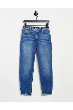 ASOS DESIGN High rise farleigh 'slim' mom jeans in authentic midwash