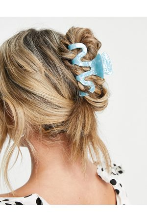 ASOS DESIGN Large hair claw in