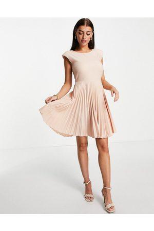 closet london Pleated skirt mini dress in peachy blush