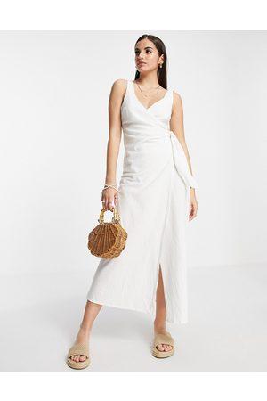 ASOS DESIGN Women Maxi Dresses - Linen wrap maxi dress in