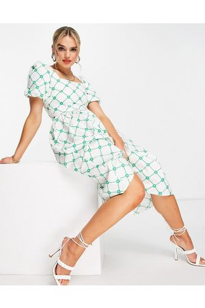 Glamorous Women Casual Dresses - Square neck midi smock dress in green check floral