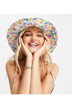 Glamorous Exclusive fisherman bucket hat in floral with tie strap detail-Multi