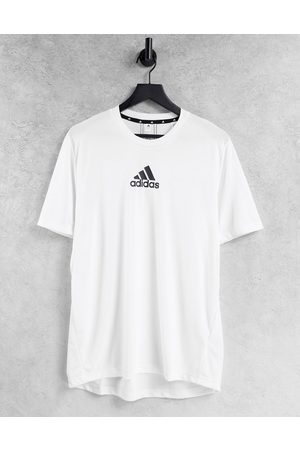 adidas Adidas Training t-shirt with chest logo in