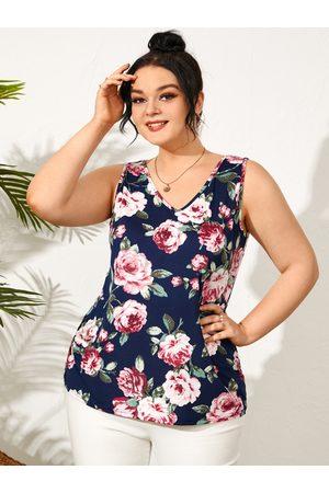 YOINS Plus Size V-neck Floral Print Sleeveless Tank Top