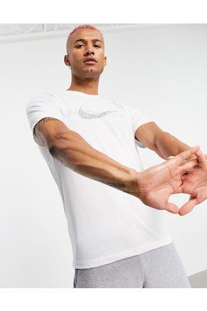 Nike Men Sports T-shirts - Nike Pro Training t-shirt in