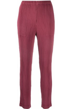 Issey Miyake Plissé-detail cropped trousers