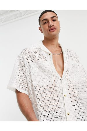 ASOS Men Casual - Boxy oversized shirt in natural lace in ecru-Neutral