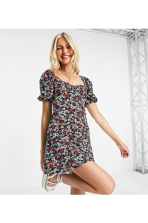 Miss Selfridge Women Casual Dresses - Puff sleeve fit and flare in navy floral