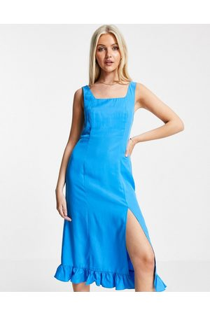 Urban Revivo Women Casual Dresses - Ruffle hem midi dress in