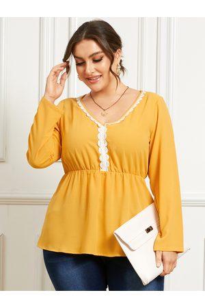 YOINS Plus Size V-neck Lace Long Sleeves Blouse