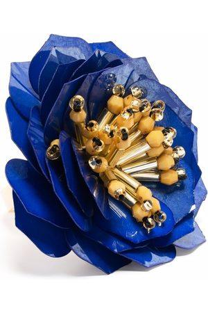 La DoubleJ Blossom appliqué ring