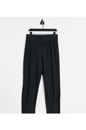 ASOS ASOS DESIGN Curve legging with high waist in matte sheen in