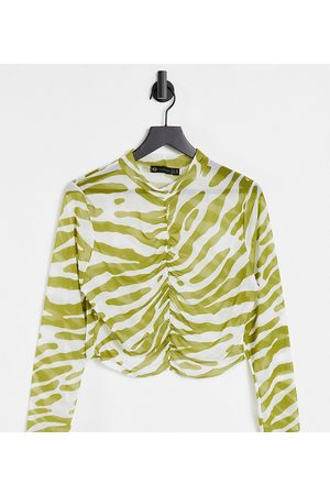 I Saw It First Curve I Saw It First Plus ruched crop top in olive green animal print-Multi