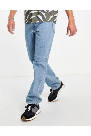 ASOS Men Straight - Straight leg jeans in tinted light wash