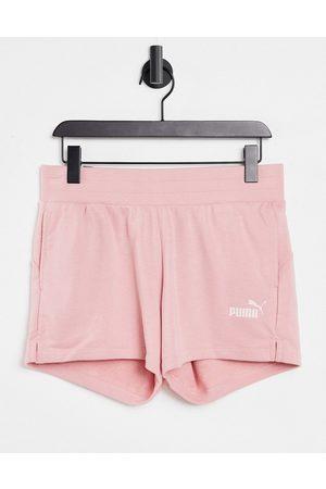 PUMA Women Sports Shorts - Sweat shorts in rose