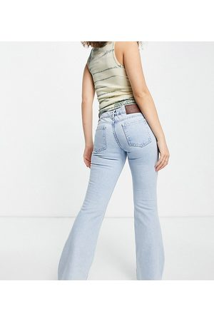 Reclaimed Women Jeans - Inspired 90's low flare in sustainable bleach