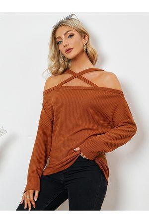 Yoins Criss-cross Design Cold Shoulder Long Sleeves Knitwear