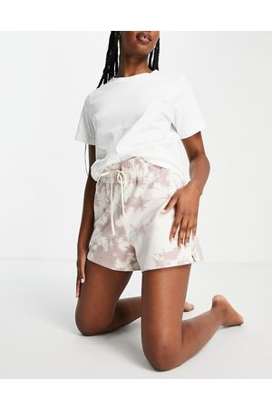 Varley Keswick tie dye shorts in taupe-Neutral
