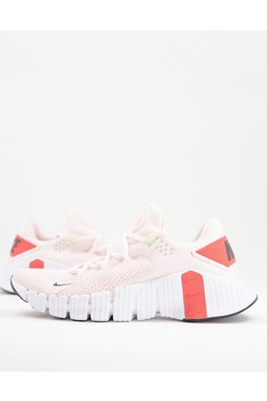 Nike Training Metcon Free 4 trainers in