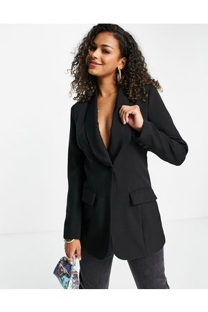 In The Style X Lorna Luxe contrast lapel fitted longline blazer dress in co ord