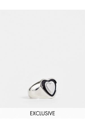Reclaimed Vintage Inspired chunky heart ring in black and