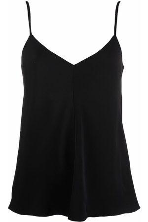12 STOREEZ V-neck camisole