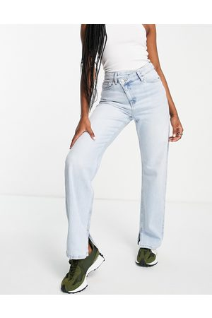 Weekday Women High Waisted - Rue organic cotton high rise straight leg jeans in avery 00