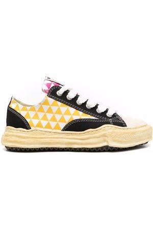 Maison Mihara Yasuhiro Sneakers - Diamond-print low-top sneakers